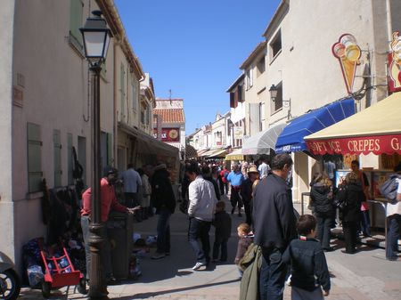 rue des Saintes Maries de la mer