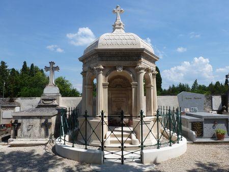 Maillane tombeau de Mistral
